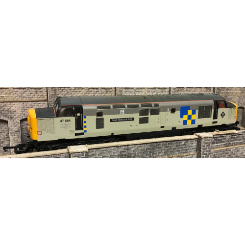 Lima L205187 Class 37 Diesel Locomotive No.37684 Peak National Park in BR Grey Construction Sector Livery