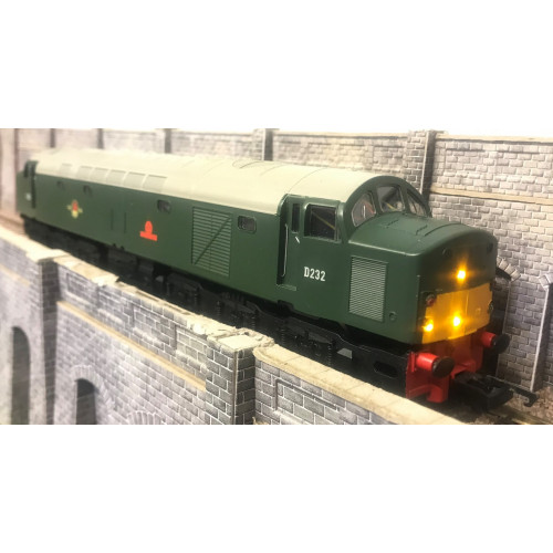 Hornby R3286TTS RailRoad BR Class 40 Diesel Locomotive No.D232 Empress of Canada with TTS Sound