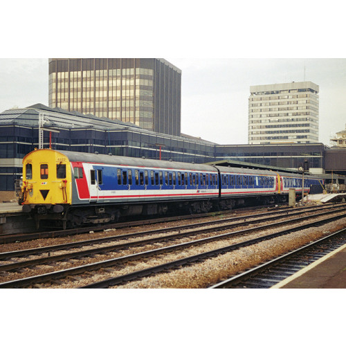 31-392 Class 414/2HAP 2-Car EMU No.4322 in Network South East Livery