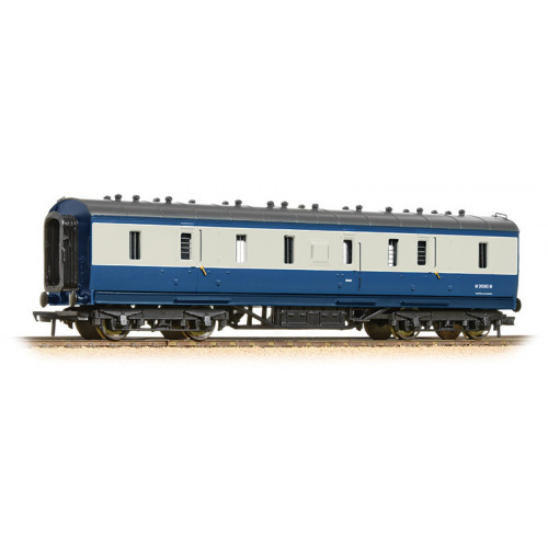 34-332 50ft Ex-LMS Full Brake Coach in BR Blue & Grey Livery