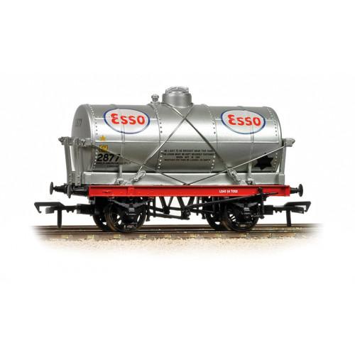 37-684A 14 Ton Tank Wagon Esso