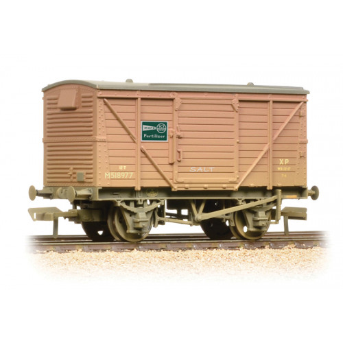 37-805 12 Ton Ventilated Van ICI Fertilizer in BR Bauxite - Weathered