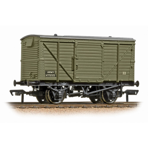 37-806 12 Ton Ventilated Van in Army Green