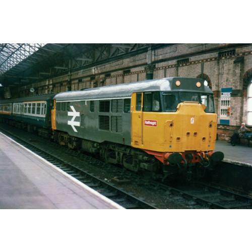 371-135 Class 31 Diesel (Refurbished) No.31154 in BR Original Railfreight Livery