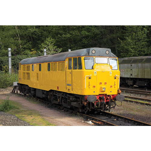 371-137 Class 31 Diesel (Refurbished) No.31602 in Network Rail Livery