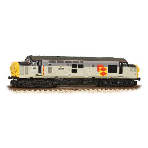 371-470 Class 37/0 Diesel Locomotive No.37068 Split Headcode Grainflow in BR Railfreight Distribution Livery