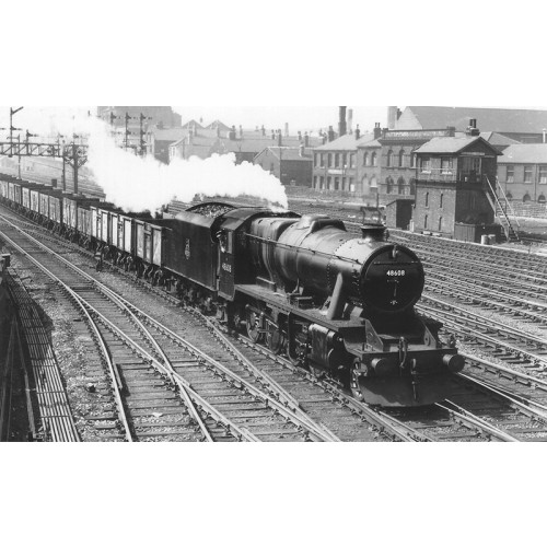 372-162 Stanier Class 8F 2-8-0 Locomotive No.48608 in BR Black with Early Emblem