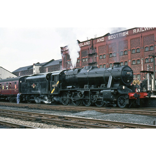 372-163DS Stanier Class 8F 2-8-0 Locomotive No.48773 in BR Black with Late Crest - DCC Sound