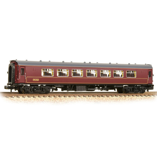 374-214 BR Mk1 SP Pullman Second Parlour Car No.99352 in WCRC Livery