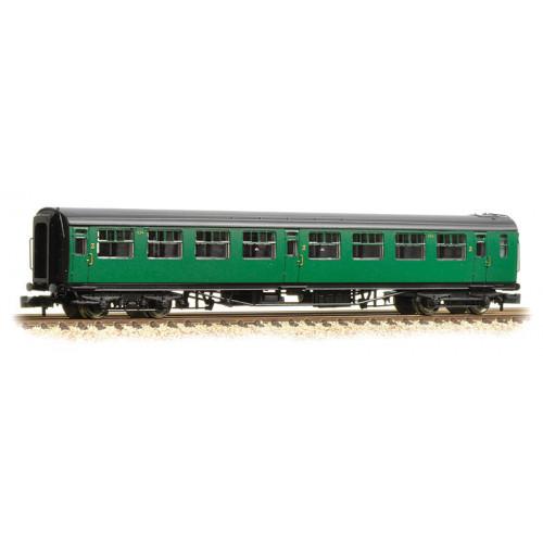 374-442 Bullied 63ft Third Class Corridor Coach in BR (SR) Malachite Green