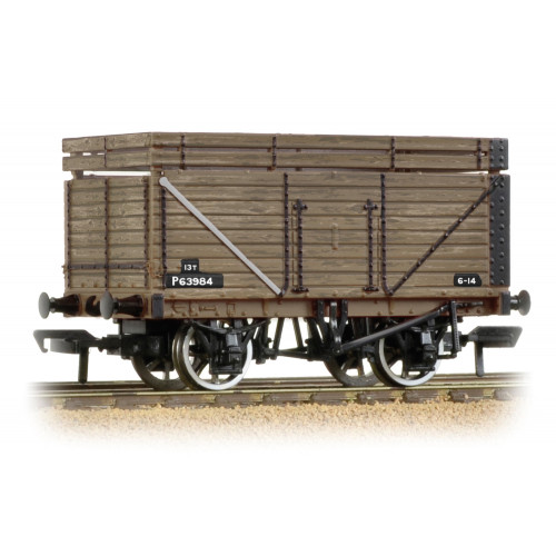 377-207 8 Plank Wagon with Coke Rails BR Refurbished (P Number)