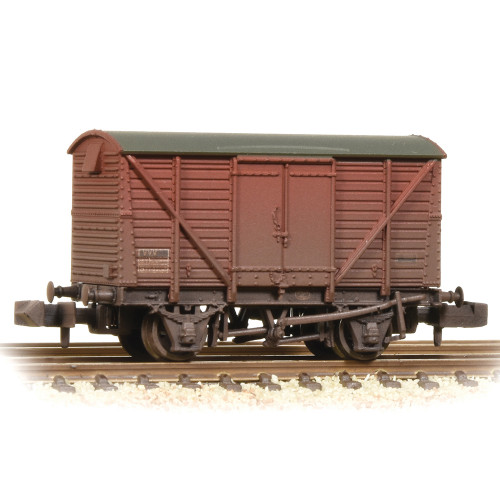 377-628B 12 Ton BR Ventilated Van Plywood Doors in BR Bauxite (Late) and Weathered