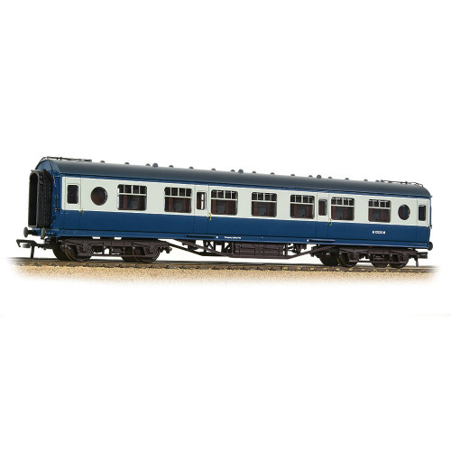 39-452A LMS 57ft Porthole Second Corridor Coach in BR Blue & Grey