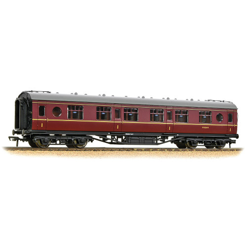 39-456 LMS 57 ft Porthole Corridor 1st Class in BR Maroon Livery