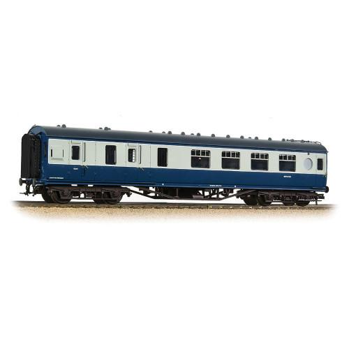 39-462 LMS 57ft Porthole Brake Second Corridor Coach in BR Blue & Grey