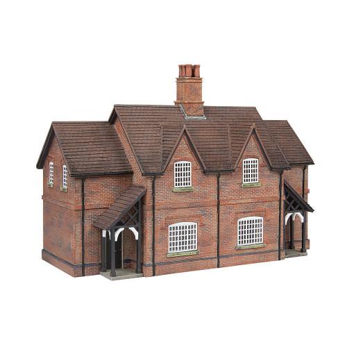 44-0098 Estate Cottages