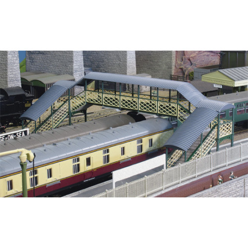 548 Ratio Kit Modular Covered Footbridge