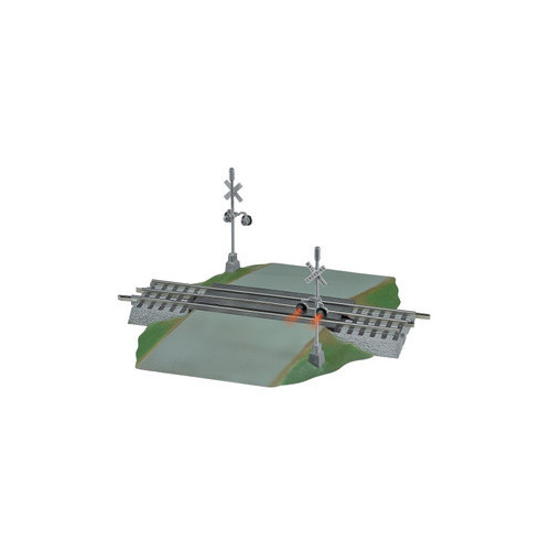 """6-12052 10"""" 254mm Fastrack Grade Crossing with Lights"""