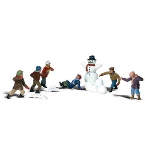 A2183 N Gauge Snowball Fight