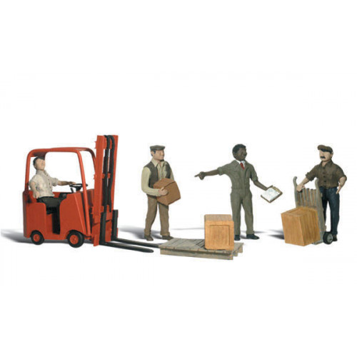 A2192 N Gauge Workers With Forklift