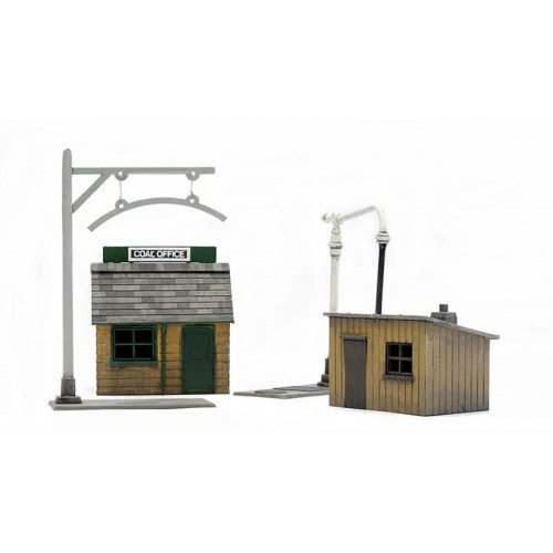 C011 Trackside Buildings x 2 Plastic Kits
