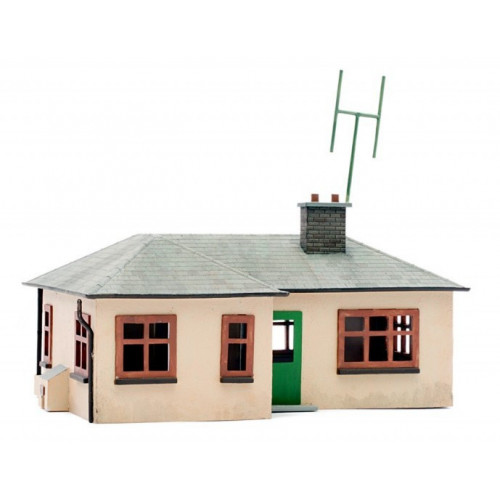 C021 Detached Bungalow Plastic Kit