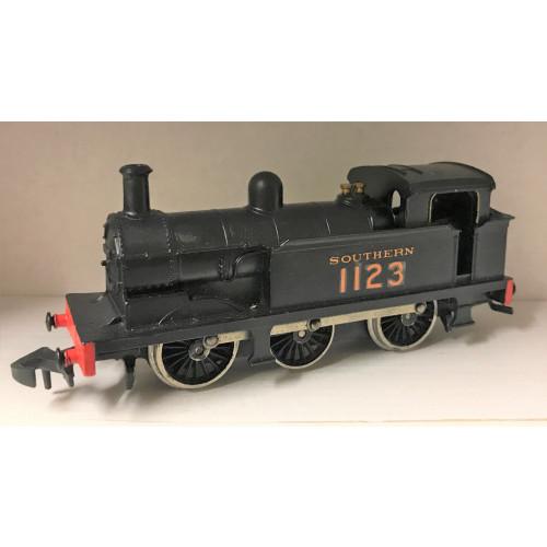 Wrenn 0-6-0 Southern Tank Locomotive No.1123 in Southern Black Livery