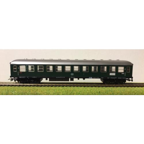 Fleischmann HO Scale German DB Railways Coach in Dark Green Livery