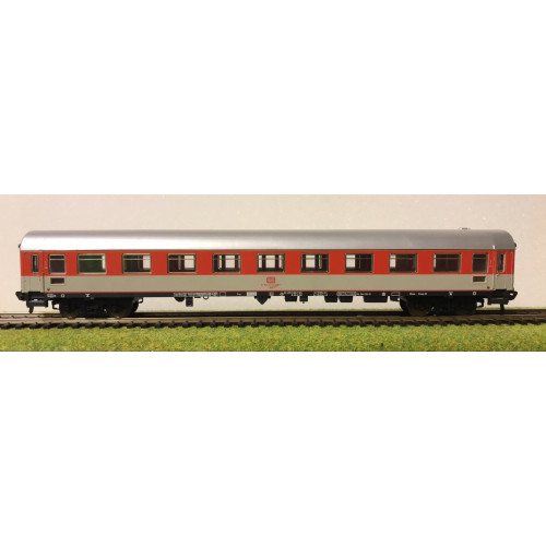 Fleischmann HO Scale German DB Railways Coach in Red/Grey Livery