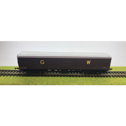 Lima 00 Gauge GWR Siphon Wagon (Old Oak Common/Plymouth) in GW Brown