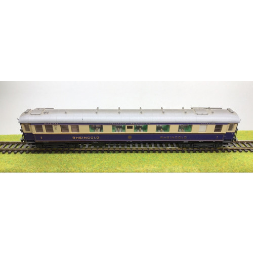 Lilliput HO Scale German Deutsche Reichbahn Rheingold Coach No.20505 in Purple / Cream Livery
