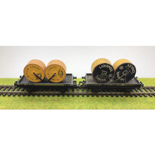 Hornby Dublo Cable Wagons c/w Cable Reels x 2