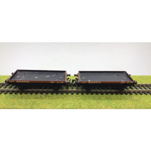 Hornby Dublo 13T 1 Plank Wagon No.8459325 x 2
