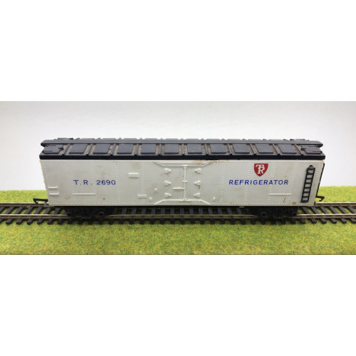 Tri-ang White Refrigerated Bogie Wagon No.TR2690