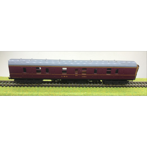 Lima LMS Full Brake End Coach No.30964 in LMS Maroon