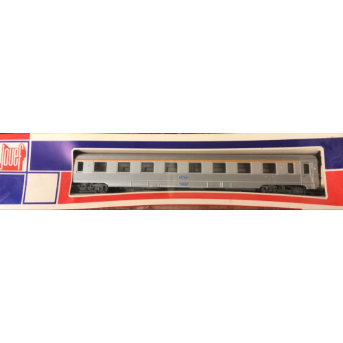 Jouef HO Scale French SNCF Passenger Coach in Silver Livery