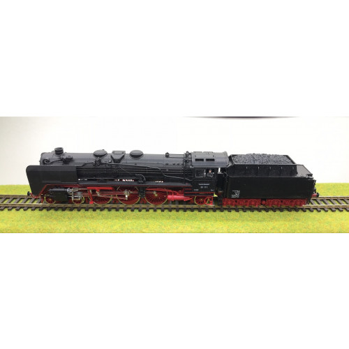 Roco BR01 HO Scale Steam Locomotive No.01 111 German DB Railways