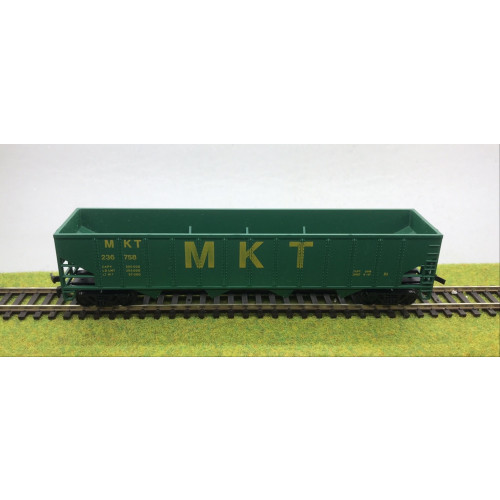 AHM HO Scale 5435-07 M.K.T. Wagon - Green