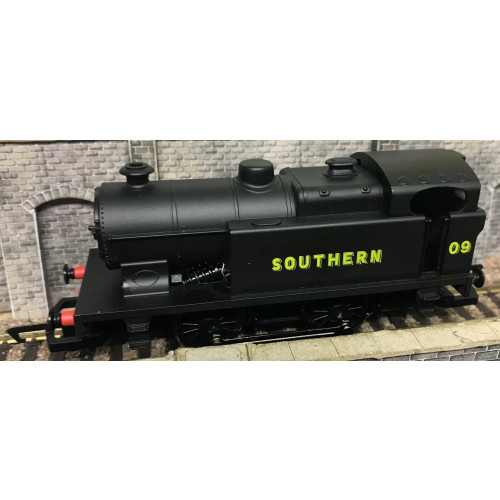 Hornby R2264 00 Gauge Southern 0-4-0T Industrial Locomotive