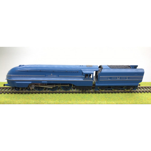 Hornby LMS Coronation Class 4-6-2 Steam Locomotive No.6220 Coronation in LMS Blue Streamlined