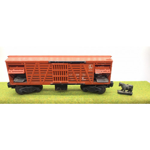 Lionel Operating Cattle Wagon No.3656 with Sliding Doors in Orange and Cattle
