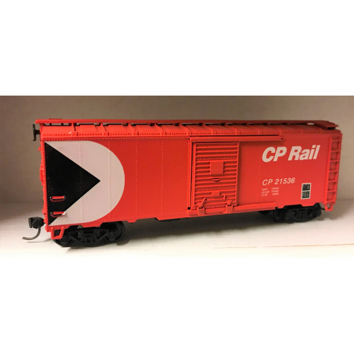 HO Scale CP Rail Box Car No.CP21536 in Red Livery