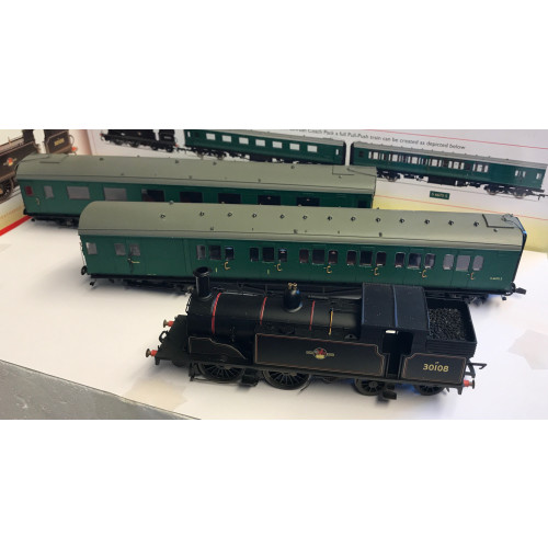 Hornby BR Pull-Push Train Pack - Weathered