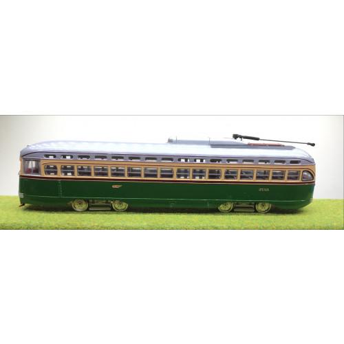 Corgi Classics 1:50 Scale 55001 Philadelphia PCC Streetcar Green/Cream
