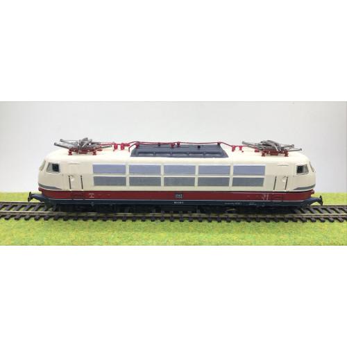 Marklin HO Scale DB Electric Locomotive No.103 113-7 in Red/Cream Livery