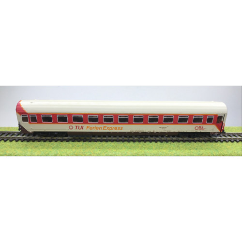 Roco 4227A HO Scale Second Class Compartment Coach in TUI Ferien Express Livery
