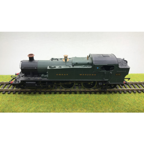 Hornby R2098B GWR Class 61xx 2-6-2T Prairie Steam Locomotive No.6105 in GWR Green