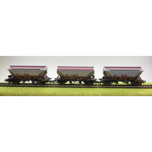 Hornby R6385 Pack of 3 EWS 2-Axle China Clay CDA Hopper Wagons in EWS Livery - Weathered
