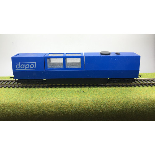 Dapol B800 00 Gauge Motorised Track Cleaning Wagon