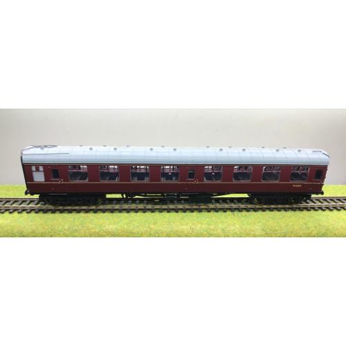 Bachmann 39-026G BR MK.1 SK Second Class Corridor Coach No.W24379 in Maroon